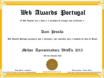 Apresentadora Dani Pessôa recebe Premiação