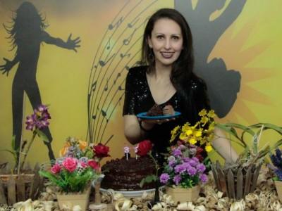 Dani Pessôa Celebra Aniversário no Palco S&A